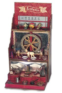 Toy Loterie with Miniature Toys and Doll