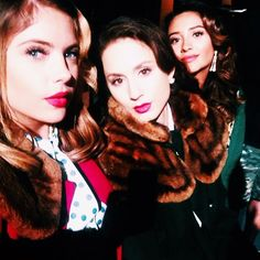 Behind The Scene selfies for the #PLLBlackAndWhite episode!