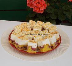 Prajitura cu capsuni si bezea - Bunătăți din bucătăria Gicuței Waffles, Breakfast, Desserts, Food, Morning Coffee, Tailgate Desserts, Deserts, Essen, Waffle