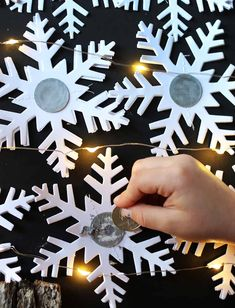 Every year I try to come up with a new cute/clever advent calendar. My kids love the little. Advent Calenders, Diy Advent Calendar, Fun Christmas Party Ideas, Christmas Crafts, Modern Christmas, Winter Christmas, Christmas Tree, Wrapping Paper Crafts, Scratch Off