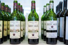 Cata en Verema con los mejores vinos de Arzuaga Navarro Cata, Wine, Bottle, Drinks, Wine Cellars, Flask, Drink, Beverage, Drinking