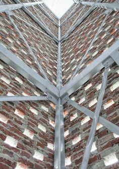 hit+miss brickwork supported on galv frame - Landmark - Nieuw-Bergen, Netherlands - Monadnock