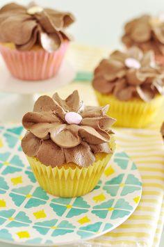 Cupcakes de amêndoas e cacau   Vídeos e Receitas de Sobremesas