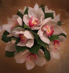 Big Budget Bridal Bouquets; Lluxury bouquet for £100