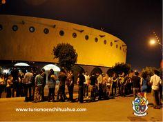 https://flic.kr/p/toYYeG   TURISMO EN CIUDAD JUÁREZ LE COMENTA DEL LIENZO CHARRO ADOLFO LÓPEZ MATEOS.4   El Lienzo Charro Adolfo López Mateos, esta ubicado en Avenida del Charro y Henry Dunant en Ciudad Juárez, cuenta con servicios para eventos privados como una plazuela para 1,000 personas, jardines hasta para 150 personas, barra semi-cerrada para 100 personas, casino cerrado para 100 personas, un ruedo con capacidad hasta par 4,000 personas y un estacionamiento privado. #ciudadjuarez