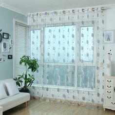 2017 New Tulle Curtains Fashion Embroidered Flowers Curtains Screens Korean Jacquard Tulle Dreamlike Curtains Height 2.8M