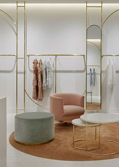 Alice McCALL Miranda Sydney by Studio Wonder Alice McCALL Miranda store by Studio Wonder echoes the gelato parlour aesthetic of the fashion brand complete with lightly speckled terrazzo floor milky white joinery and walls and polished brass clothes racks.