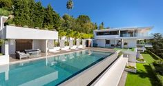 Contemporary Villa - Pool, Pool House and Garden