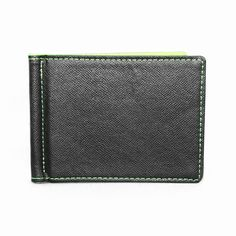 Sleek in design, the Pavia money clip wallet will be a classy pick for you, which easily fits into the back pocket of your pants. Featuring a simple design, this money clip is a stylish accessory for the modern day. Money Clip Wallet, Simple Designs, Wallets, Card Holder, Classy, Pocket, Cool Stuff, Stylish, Green