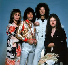 Anonymous said: Top 10 Roger Taylor outfits?💛🌻 Answer: I got you Rainbow Suspenders: Honestly one of my fave Roger looks, like look at those shoes fellas The Kimono: he looks pretty as FUCK Good Charlotte, Queen Freddie Mercury, Queen Band, Brian May, John Deacon, I Am A Queen, Save The Queen, My Chemical Romance, Queen Facts