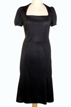 1930s style dress with trumpet skirt
