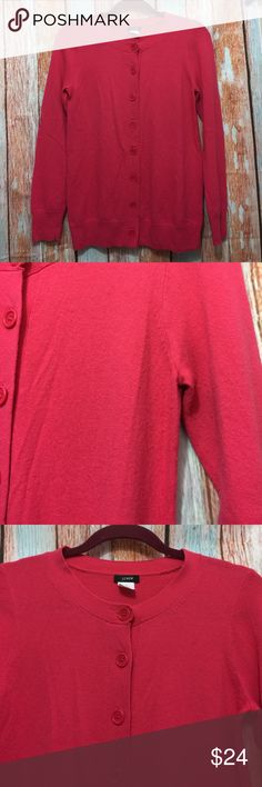 "👚J crew cashmere cardigan women size S hot pink👚 👚J crew cashmere cardigan women size S hot pink👚 inventory : z30 PHM  Thank you guys  Please check out the another item in my store:)  ∴MEASUREMENTS∴  Pit to Pit→17"" Shoulder to shoulder→15"" Length from shoulder ---->25""