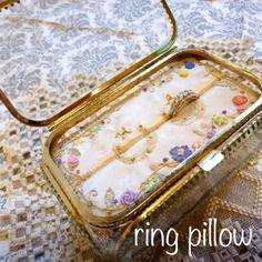 花と蔦 リングピロー Wedding Bands, Wedding Day, Ring Pillows, Embroidery, Bridal, Deco, Rings, Handmade, Creema