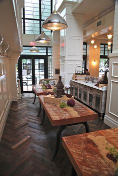 Homer St. Cafe & Bar by scout.magazine, via Flickr