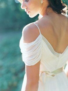 Simplistic Bridal Session Ideas by Kate Ignatowski on Wedding Sparrow