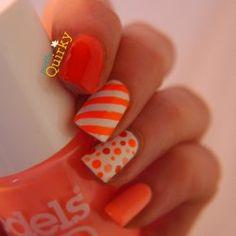 Image via nail art orange Nail Art Orange, Neon Orange Nails, Neon Nails, Diy Nails, Crazy Nail Art, Crazy Nails, Fancy Nails, Love Nails, Gorgeous Nails