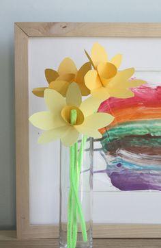Spring Craft: Make Paper Daffodils | Alpha Mom