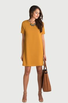 simple sheath dress with a statement necklace | Skirt the Ceiling | skirttheceiling.com #dressescasual