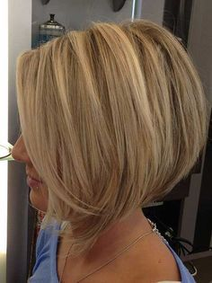 Looking for stacked bob hairstyles? Find stacked bob hairstyles pictures for graduated, fine hair, long hair, and layered hairstyles. Inverted Bob Hairstyles, Medium Bob Hairstyles, Hairstyles 2018, Haircut Medium, Haircut Long, Short Stacked Hairstyles, Swing Bob Haircut, Graduated Bob Haircuts, Blonde Bob Hairstyles