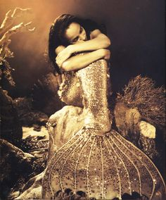 Sade- I remember this image from this video, from years ago.