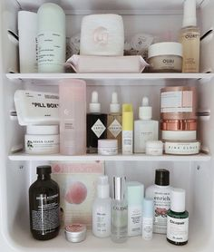 Pin by Xenia ♡ on Ok but first, let me take a shelfie in 2019 Beauty Care, Beauty Skin, Beauty Makeup, Skin Routine, Face Skin Care, Bathroom Organisation, Shelfie, Aesthetic Makeup, Skin Makeup