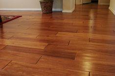 Bề mặt sàn gỗ óc chó bắc mỹ, dòng sàn gỗ tự nhiên sẫm màu