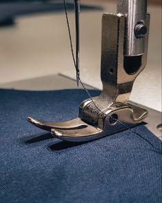 Мы специализируемся на пошиве женской одежды, а также изделий из трикотажа крупным и мелким оптом.