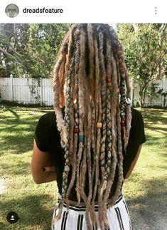 Blonde Dreadlocks, Short Dreads, Dreads Girl, Dreadlock Hairstyles, Cool Hairstyles, Dreads Styles, Hair Styles, Dreadlock Rasta, Beautiful Dreadlocks