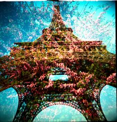 double exposure of the Eiffel Tower Double Exposure Photography, Photography Camera, Amazing Photography, Art Photography, Tour Eiffel, Champs, Pretty Pictures, Cool Photos, Paris Tour