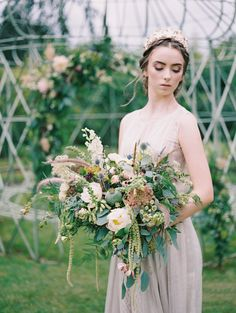 Graceful and elegant vintage bridal look with a statement gold grown. Wild flower bouquet by Flowers by Moira. Captured by Allen Tsai and Styled by Petal&Twine.  #irishwedding #ireland #intimatewedding #elopement #weddingsparrow #weddingstyling #weddingdesign #fineartwedding #bridalbouquet #weddingflorals #bridalstyle #goldcrown #flowerarch #wildflowers #weddingflowers #fineartbride #irishstyle #irishnature #organicwedding #romanticwedding #greenwedding  #sustainablewedding #minimalwedding Bridal Looks, Bridal Style, Green Wedding, Floral Wedding, Wedding Designs, Wedding Styles, Sustainable Wedding, Minimal Wedding, Irish Wedding