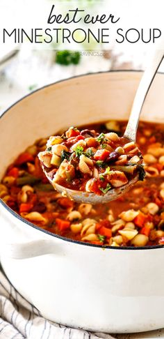 This is the BEST Minestrone Soup recipe! It is easy healthy hearty comforting versatile and all made in one pot! It is better than Olive Garden Minestrone Soup makes a ton and tastes even better the next day for easy lunch or dinner! Best Soup Recipes, Healthy Recipes, Vegetarian Recipes, Dinner Recipes, Cooking Recipes, Easy Recipes, Italian Soup Recipes, Hearty Soup Recipes, Soap Recipes