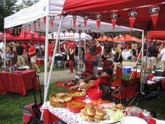 tailgate food! nothing better than finger food and a GA football game :)