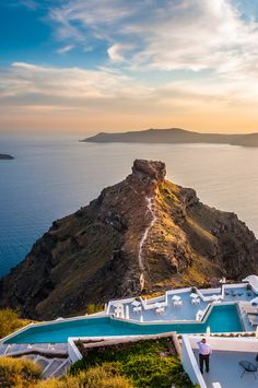 Skaros Rock, Imerovigli, Santorini
