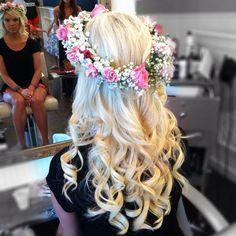 #blonde #waves #curlingwand #curlingiron #waves #hair #beauty #ebeauty #huntingtonpark