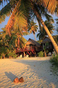 Beautiful Places To Travel, Beautiful Beaches, Romantic Travel, Romantic Vacations, Beautiful Sunset, Paradise Cove, Tropical Paradise, Summer Paradise, Hawaii Life