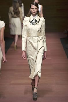 Carven Spring 2013 Ready-to-Wear Fashion Show - Bette Franke