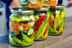FOTORECEPT: Zavárané baranie rohy Pickles, Cucumber, Ale, Food, Home Canning, Ale Beer, Essen, Meals, Pickle