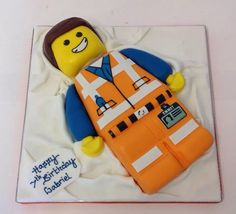 Emmet Lego Movie Cake- great idea for Carter's birthday Lego Movie Party, Lego Movie Cake, Lego Movie Birthday, Movie Cakes, Man Birthday, Birthday Ideas, Birthday Sayings, Frozen Birthday, Emmet Lego