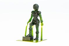 28mm+Sci-Fi+girl+miniature+by+Kudo3D.+Based+on+a+design+by+Forpost_D6.