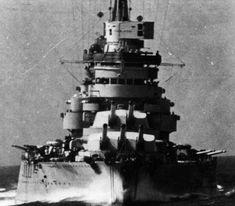 WWII ~ Italia ~ Marina Militare - Corazzata Conte di Cavour