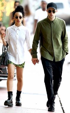 New Fav Couple Alert!!Robert Pattinson and girlfriend  Tahliah Debrett Barnett aka FKA Twig in Miami 12/6/14