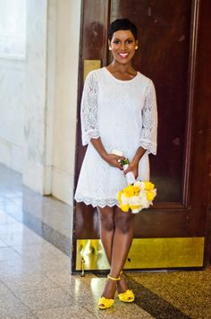 love this short dress….. even at a court house wedding there is still elegant wedding style…. Dress: H&M…photography: fotos by fola