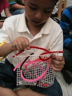 Preschool Weaving using pipecleaners