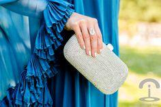 DIY Tiara con cordones de seda Crimenes de la Moda - Mikael Aghal - Dresseos
