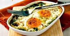 A low-carb, gluten-free breakfast dish that can keep you going for hours! Healthy and delicious and can be made in individual portions - Baked Spinach and Eggs with Feta Cheese