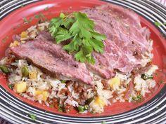 Receta | Ensalada de arroz con presa ibérica y vinagreta de pistachos - canalcocina.es