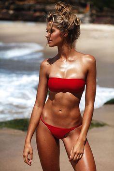 Australian model Natalie Roser