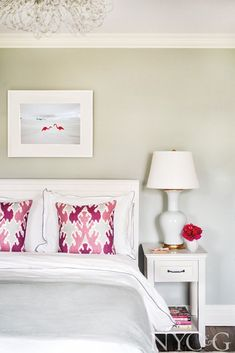 Designer Story: The Storied Interiors of Lindsay MacRae - Home Glow Design. Bedroom in grey with splashed of plum. 1920s Interior Design, Gray Interior, Bedroom Design Inspiration, Home Decor Inspiration, Design Bedroom, Classic Ceiling, Small House Decorating, Craftsman Kitchen, White Bedding