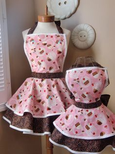 apron I may have to make a matching set for me and the girls