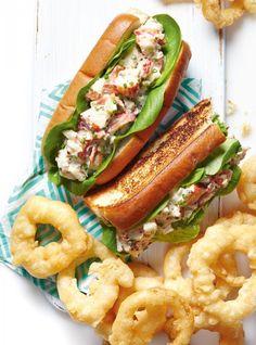 Photo <i>Lobster rolls</i> Shellfish Recipes, Seafood Recipes, Cooking Recipes, Vegetarian Recipes, Japanese Street Food, Thai Street Food, Salmon And Asparagus, Baked Salmon, Lobster Roll Recipes